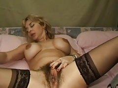 手淫 热门色情电影